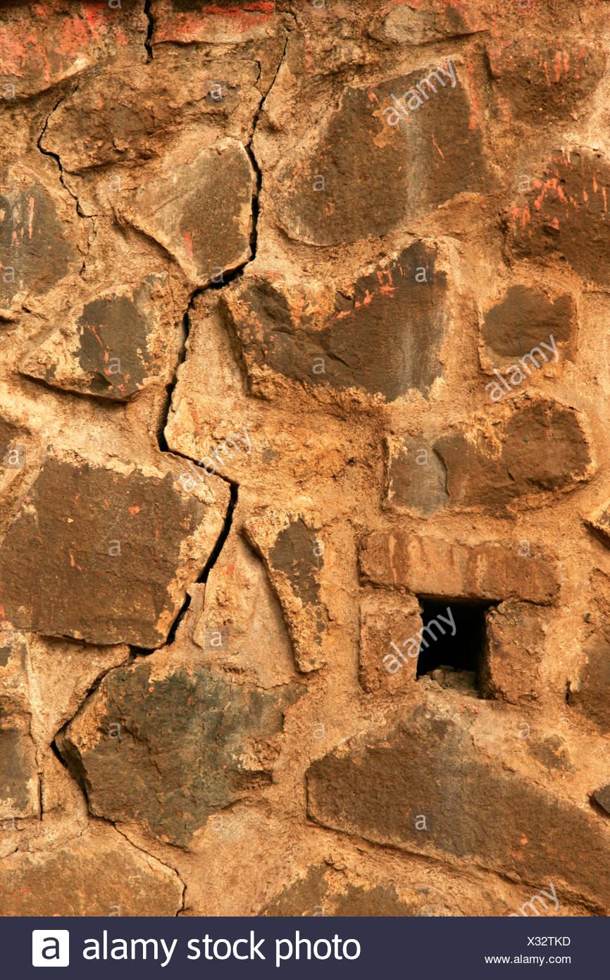 Patrón abstracto en la pared de piedra Foto de stock