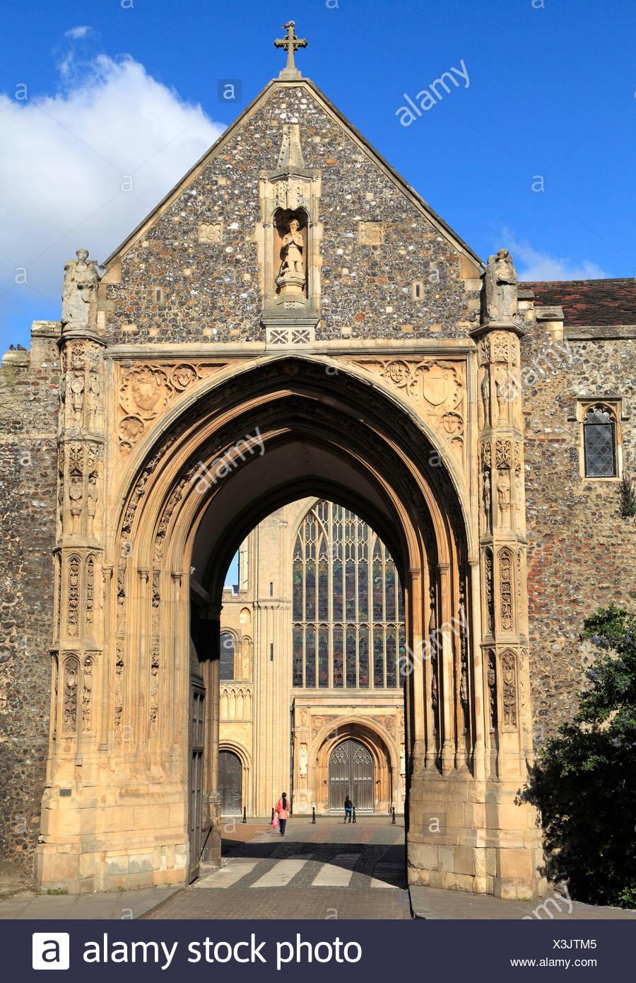 Norwich, Erpingham Gate, cerca de la Catedral, Norfolk, Inglaterra, Reino Unido English puertas medievales Imagen De Stock