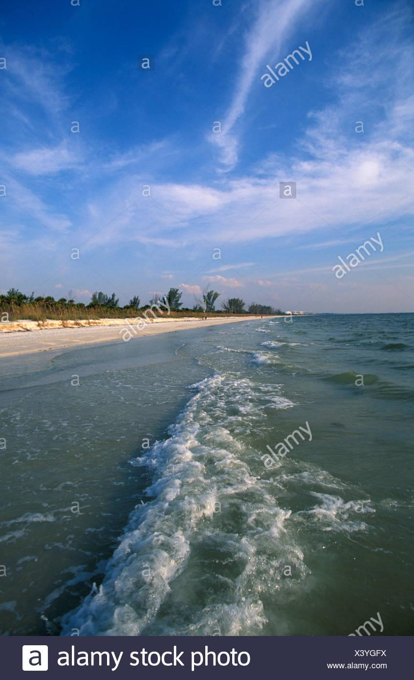 Barefoot Beach, playa, reserva, Bonita Beach, Florida, Estados Unidos, Estados Unidos, América, olas, playa, mar, naturaleza Imagen De Stock