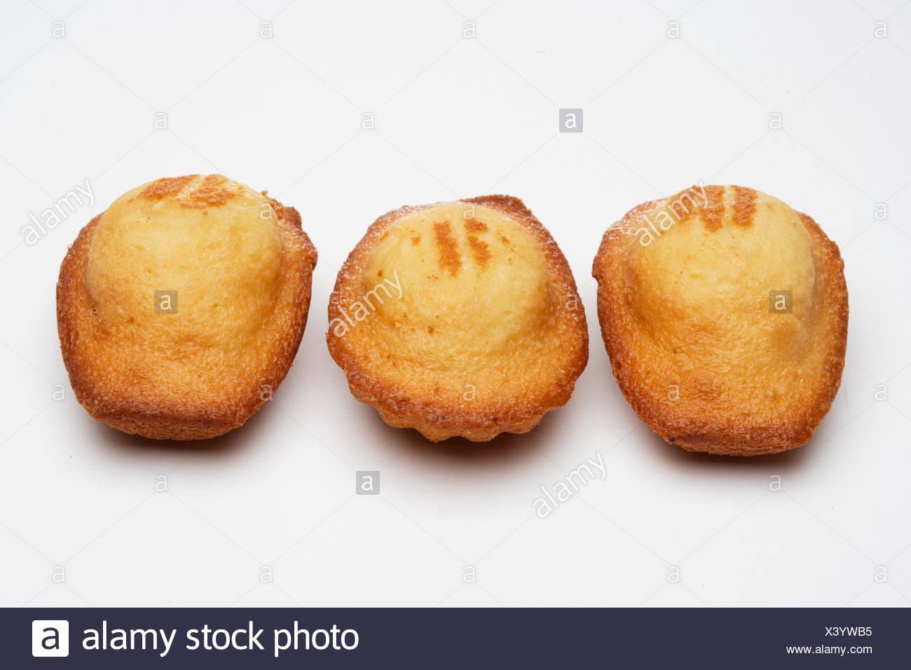 "Tres pasteles franceses ""Madeleine"", close-up Imagen De Stock"