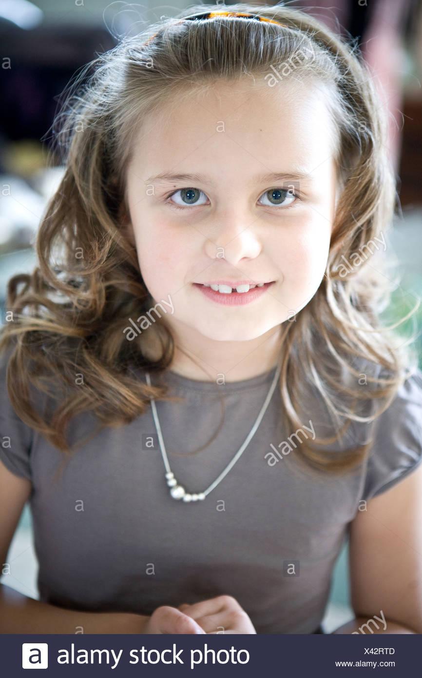 Retrato de una niña. Imagen De Stock