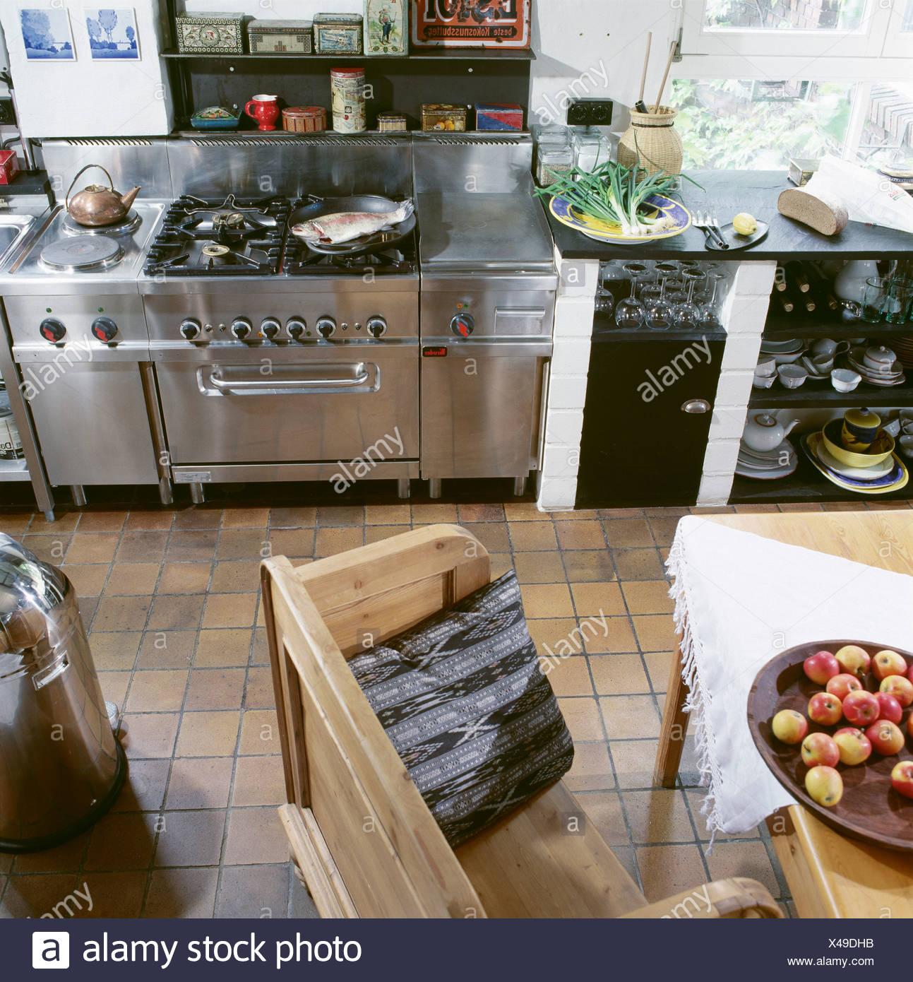 Magnífico La Terapia Apartamento Mesa Redonda De La Cocina Patrón ...