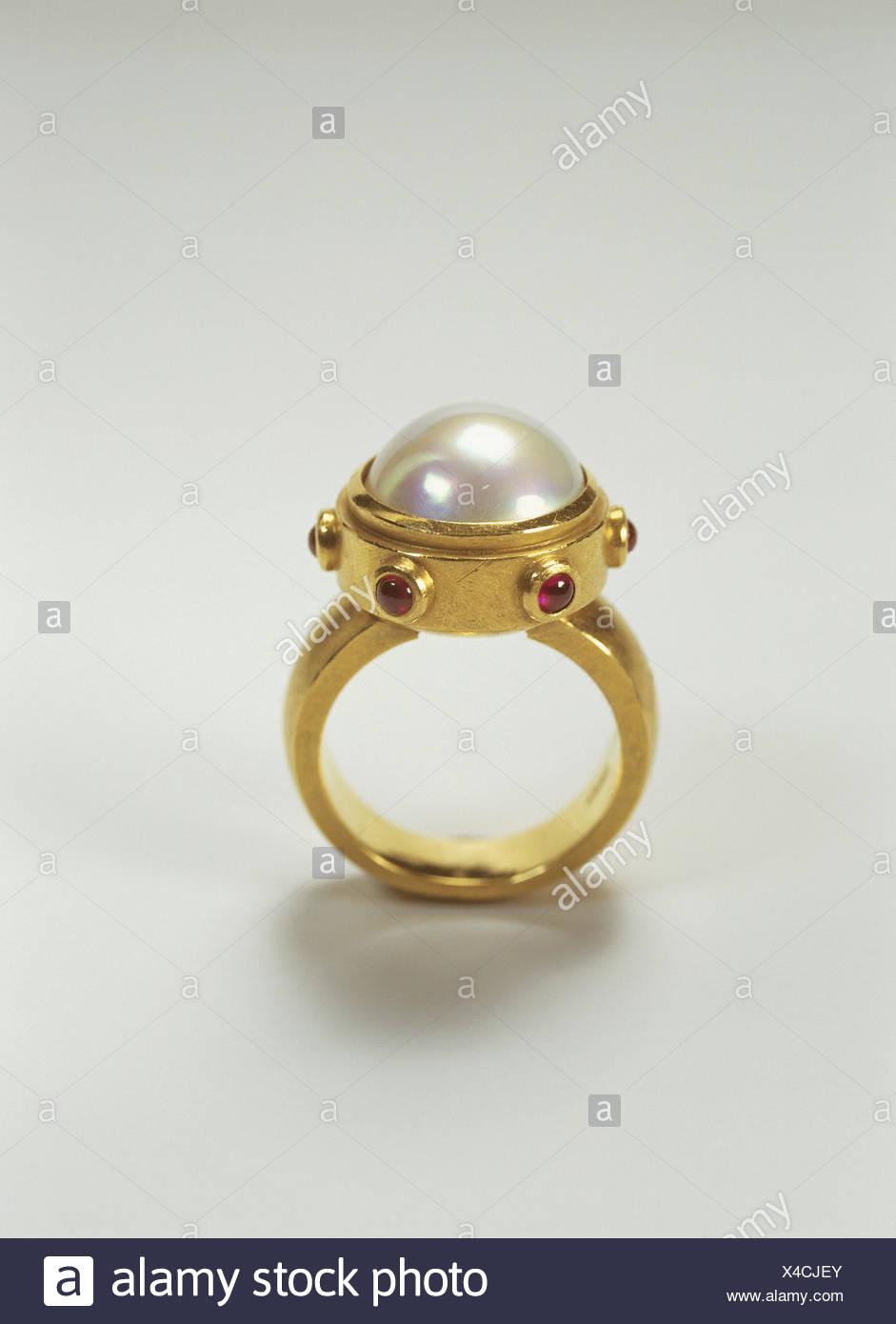 aa8a76f3c2b9 Anillo de oro
