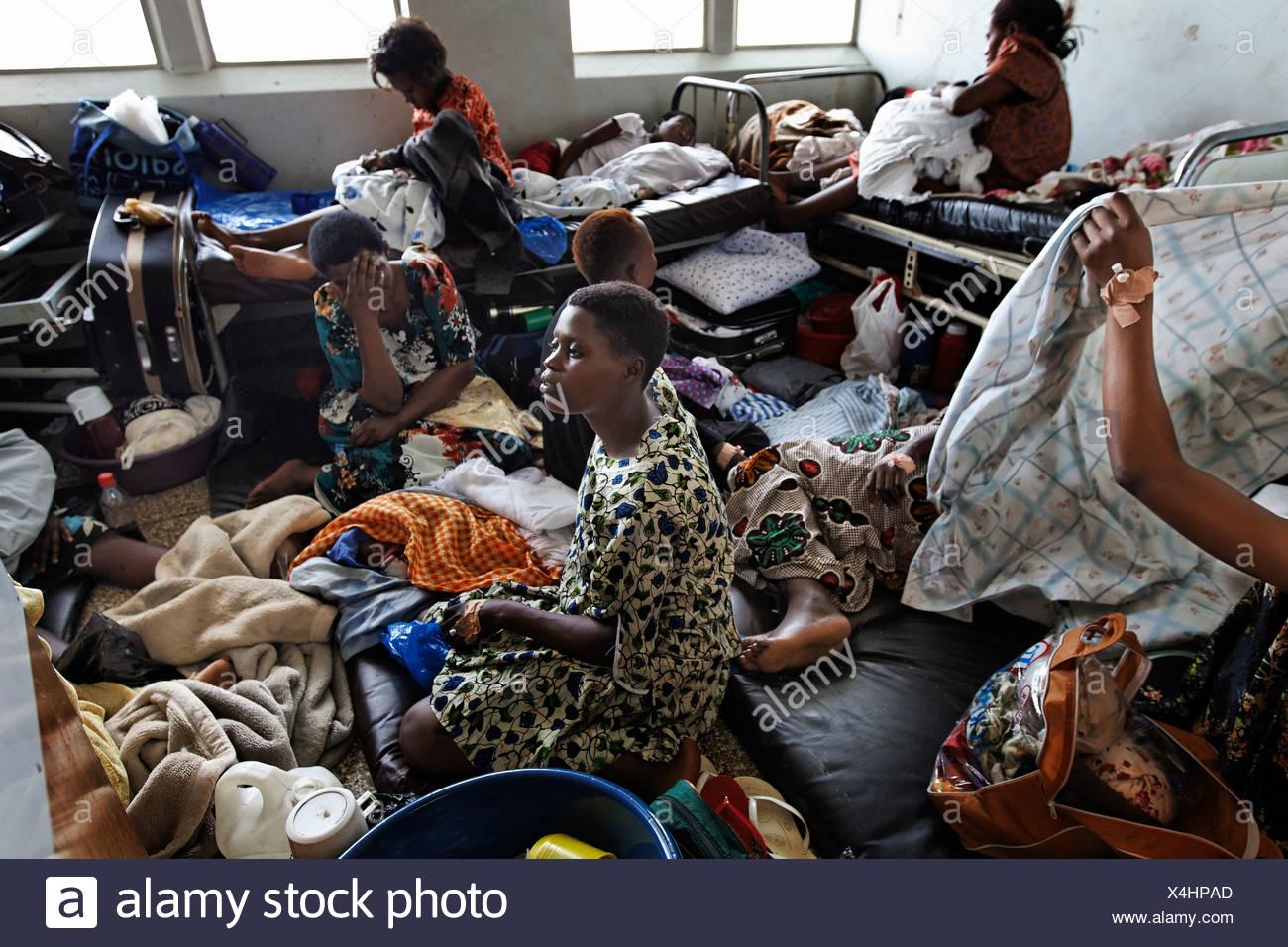 a2cebc56e Sala de Maternidad en el Hospital Mulago en Kampala Foto   Imagen De ...