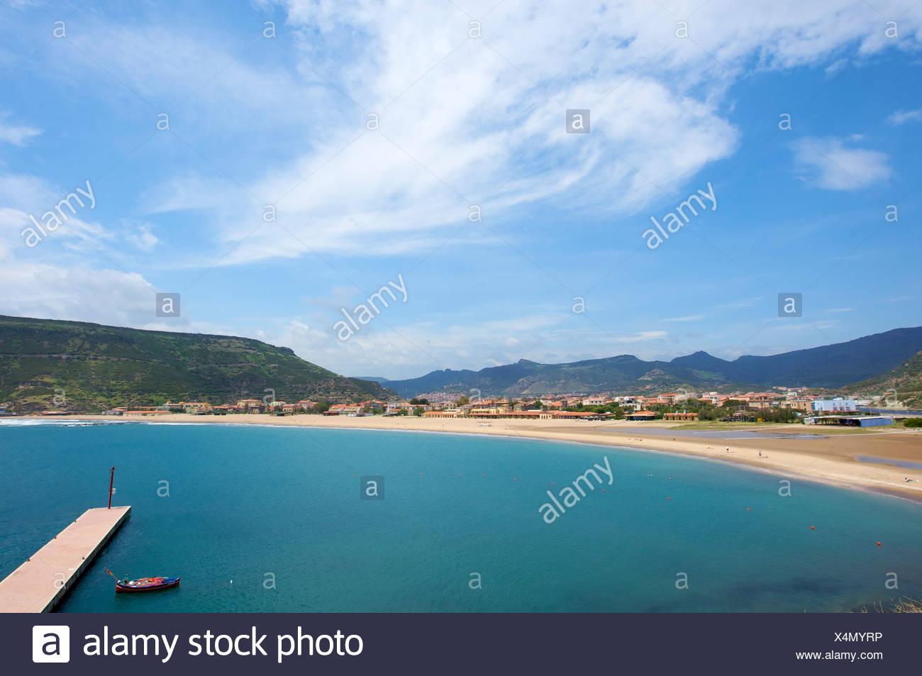 Playa de Bosa, Cerdeña, Italia, Europa Foto de stock