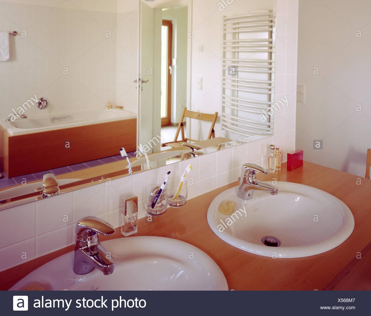 Cuarto de baño, lavabos, detalle, baño, diseño residencial ...