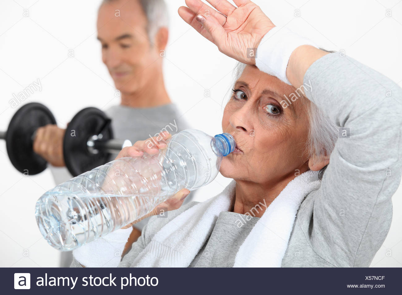 Pareja de ancianos trabajando juntos Imagen De Stock