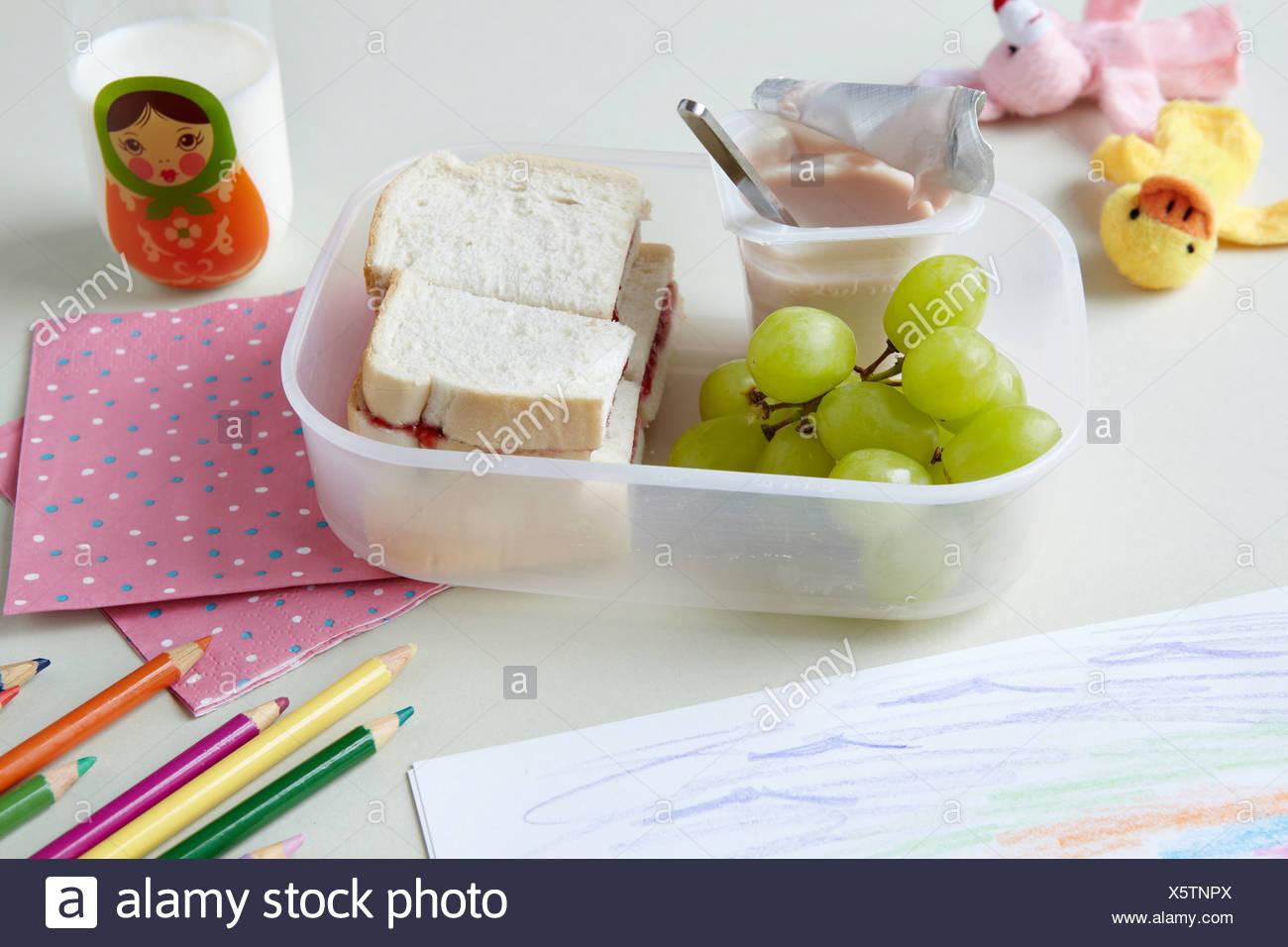 Cerca de almuerzo en la escuela Imagen De Stock