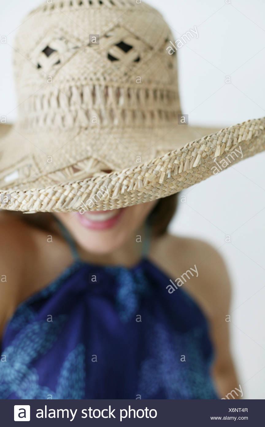 Mujer joven con sombrero, Viena, Austria Imagen De Stock