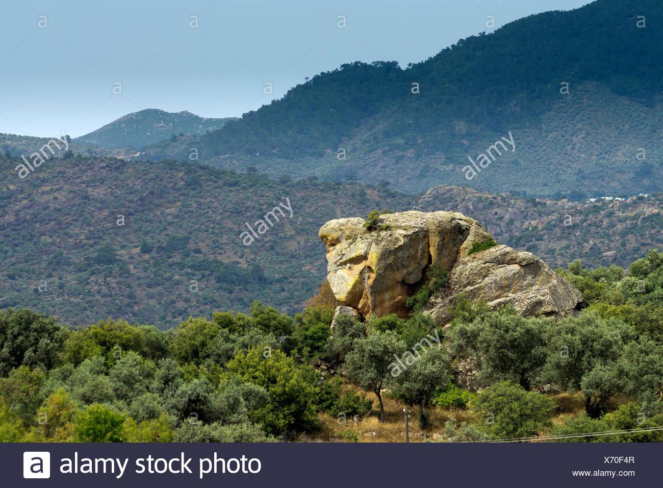 Formaciones rocosas peculiares, montañas Besparmak Daglari Kapikiri, Mus, Turquía, Asia Imagen De Stock