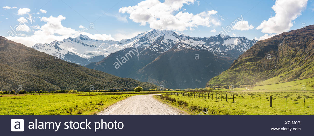 Valle Matukituki, Camino al monte, Monte aspirantes aspirantes a Parque Nacional, Otago, Southland, Nueva Zelanda Imagen De Stock