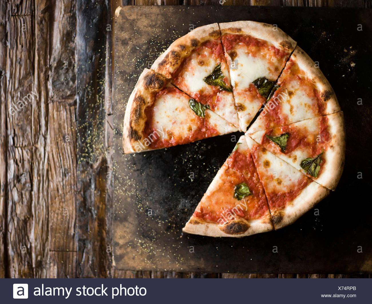 Cheese Pizza de leña Imagen De Stock