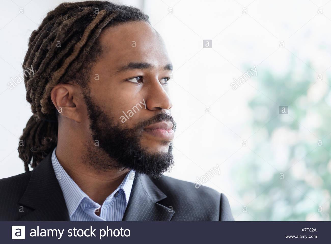 Retrato del hombre de negocios vestidos de traje Foto de stock