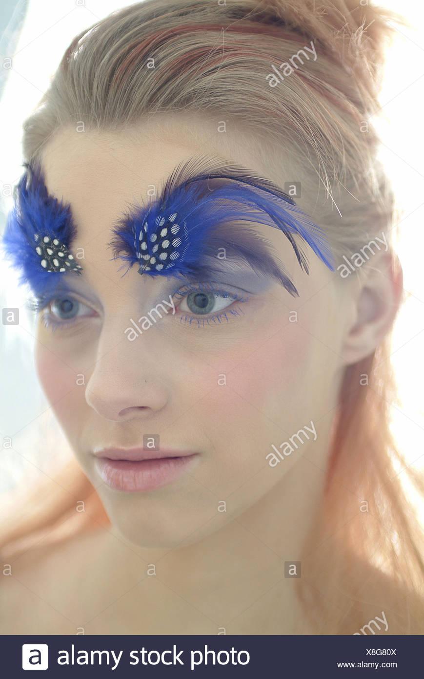 Mujer Jovenes Cejas Plumas Vista Vista Lateral Retrato