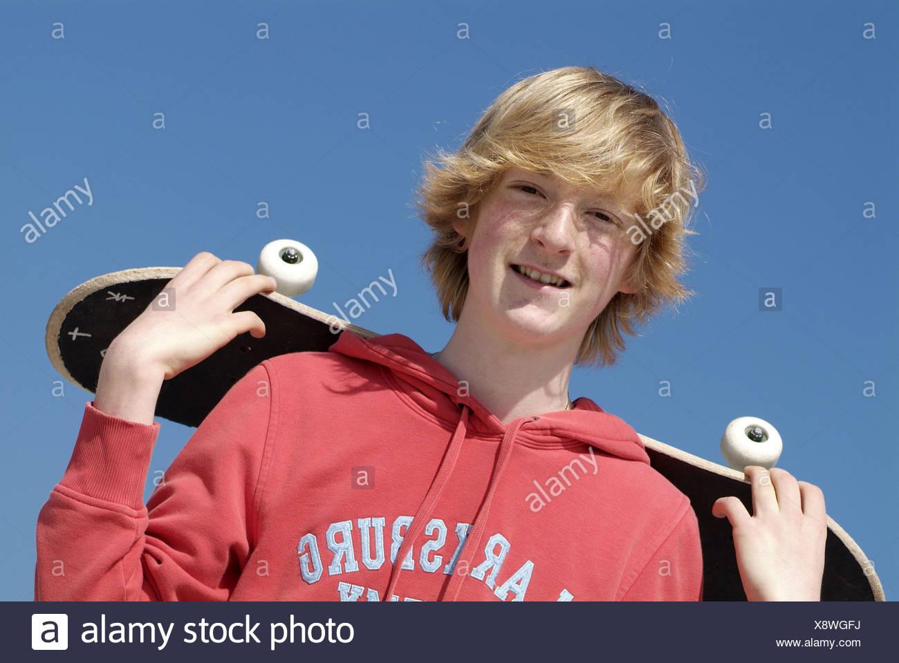 Adolescente,la cultura juvenil,skateboard Imagen De Stock
