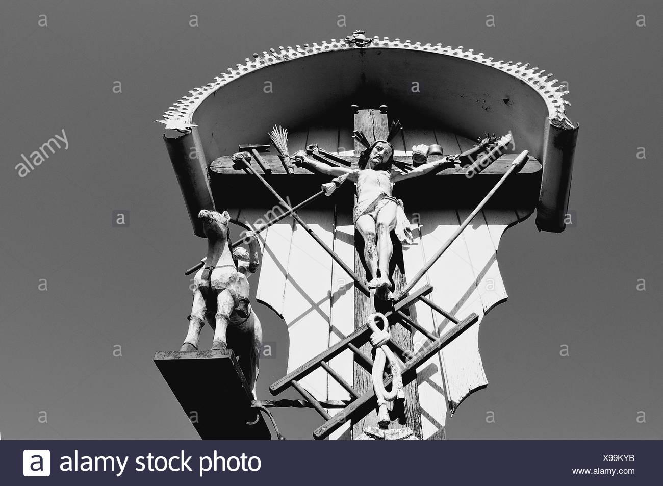 Cristo En La Cruz Campo En Blanco Y Negro Foto Imagen De Stock