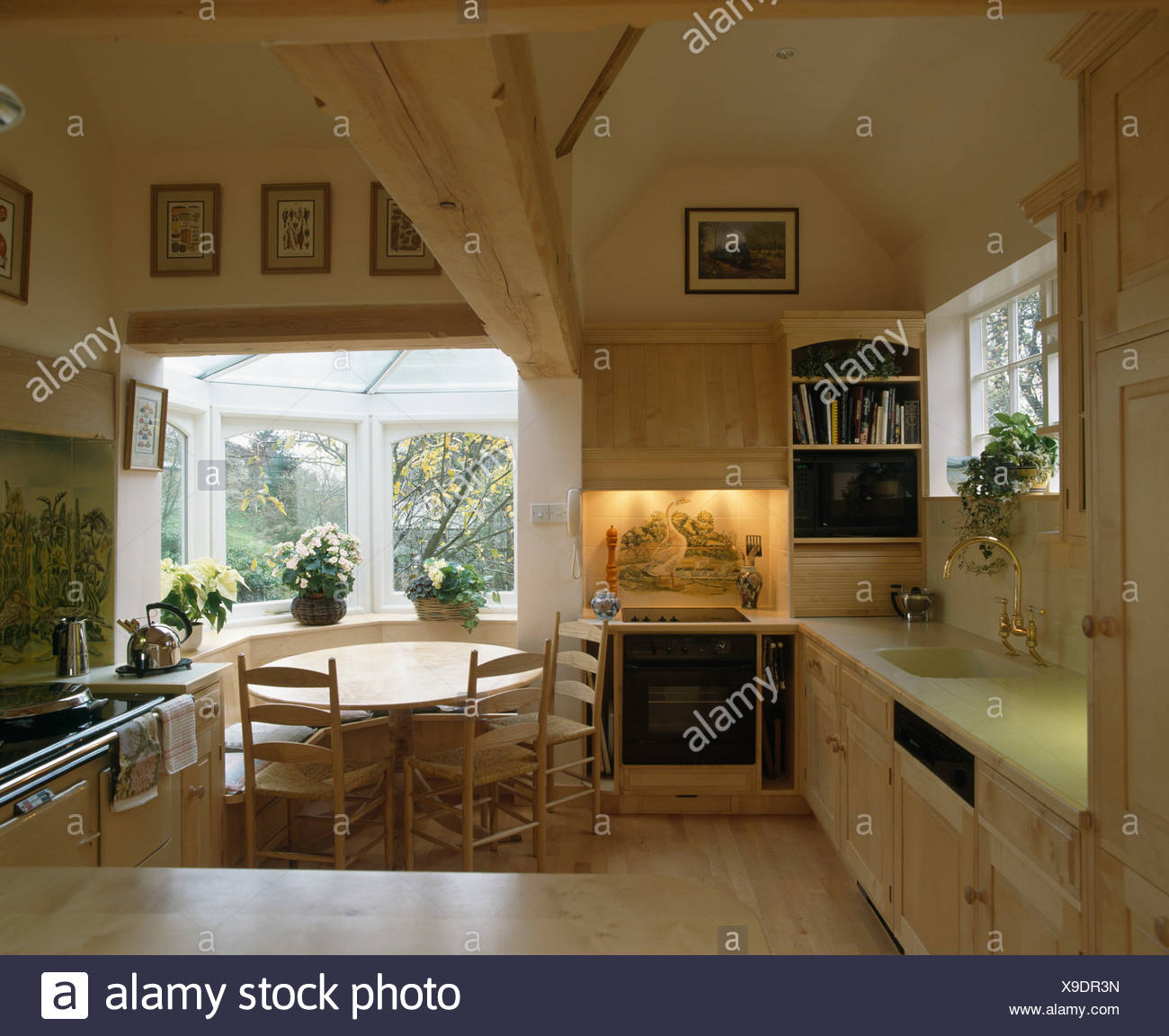 Small Country Kitchens Domestic Imágenes De Stock & Small Country ...