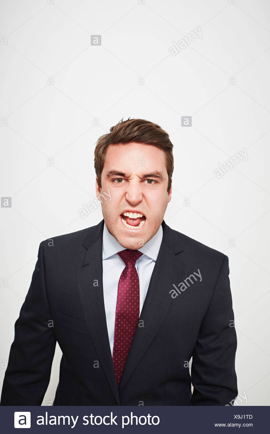 Empresario gritando en interiores Imagen De Stock