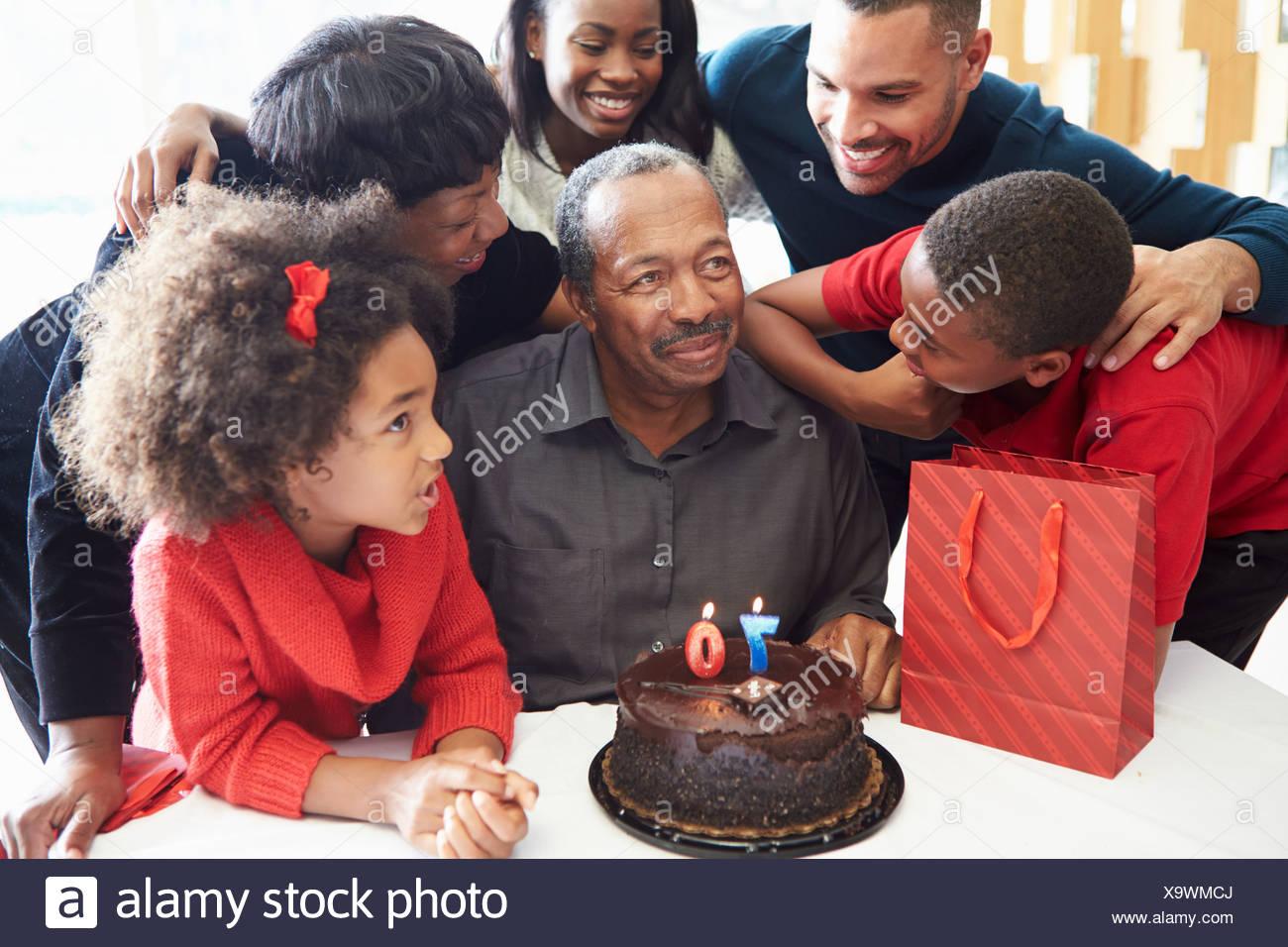 Celebrando el 70º aniversario de la familia juntos Imagen De Stock