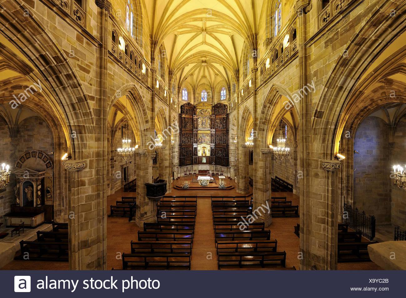 Retablo y Organo de Santa Maria de Portugalete Imagen De Stock