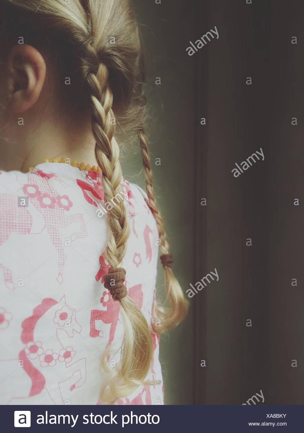 Close-up de una niña de trenzas Imagen De Stock