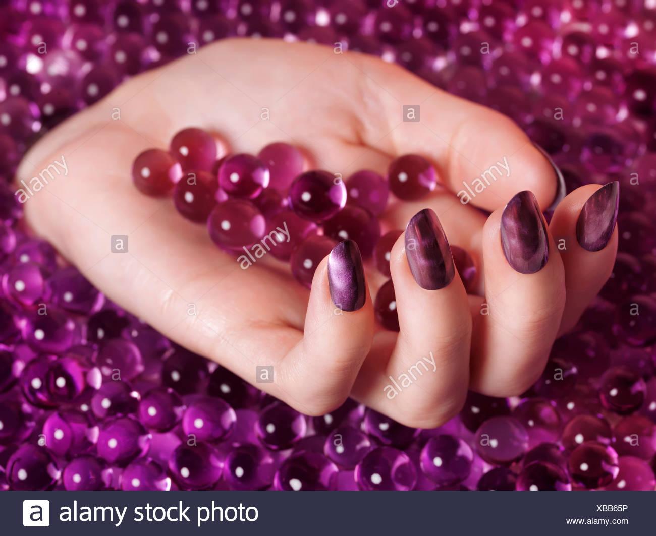 Excepcional Esmalte De Uñas Transparente De Color Púrpura Friso ...