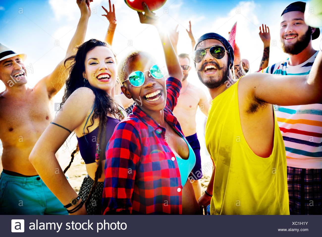 Amigos de Beach Party Concepto Festival de Verano Imagen De Stock