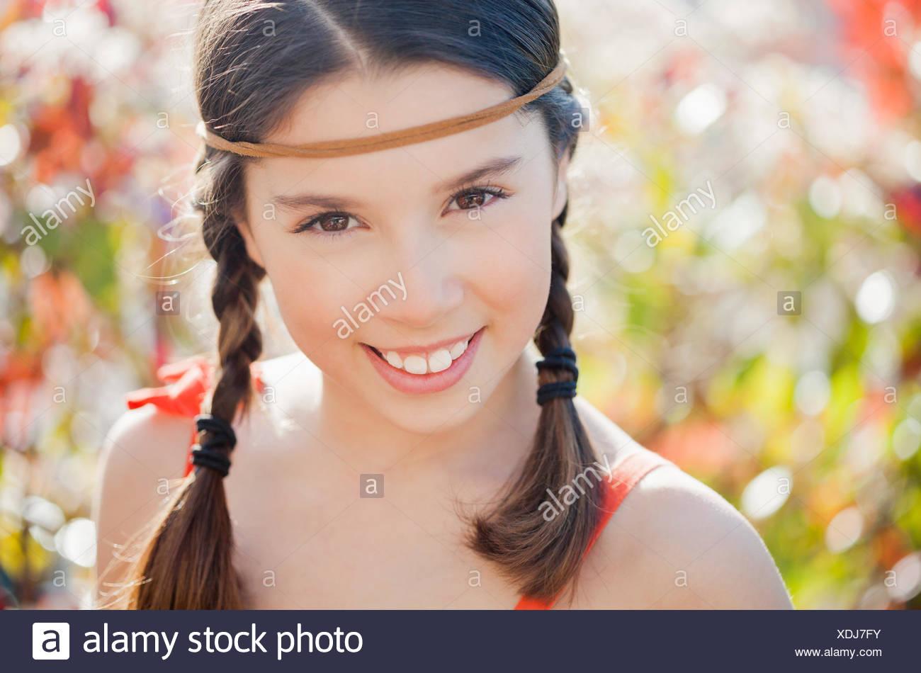 Retrato de una niña alegre Imagen De Stock