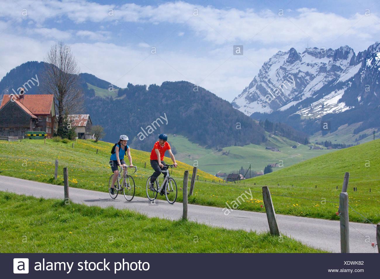 Excursión en bicicleta por la zona, Appenzell, Cantón, SG, St. Gallen, bicicleta, bicicletas, bicicleta, montar en bicicleta, Appenzell Innerroden, Alpstein, Foto de stock