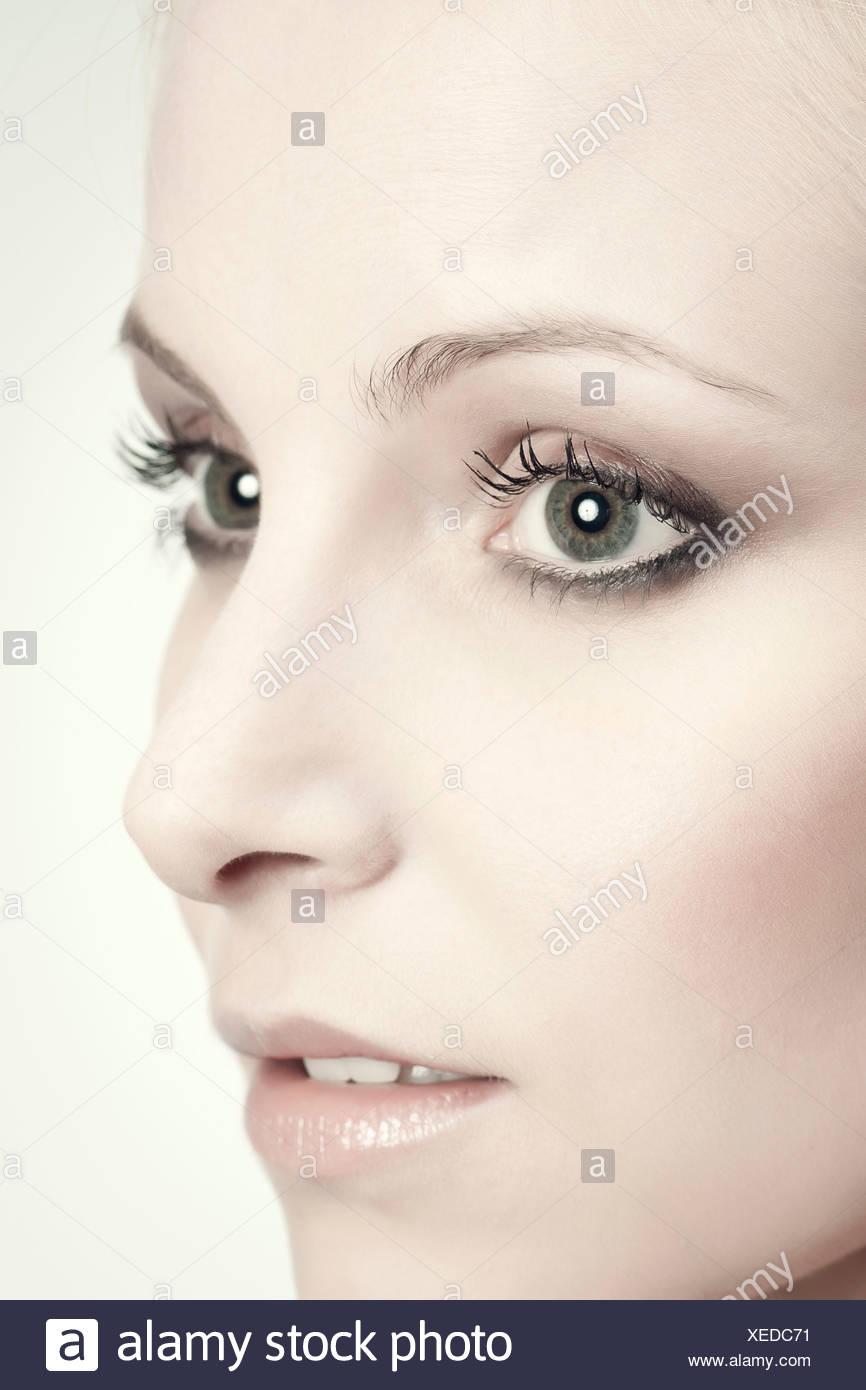 Cara de mujer joven, Retrato Imagen De Stock