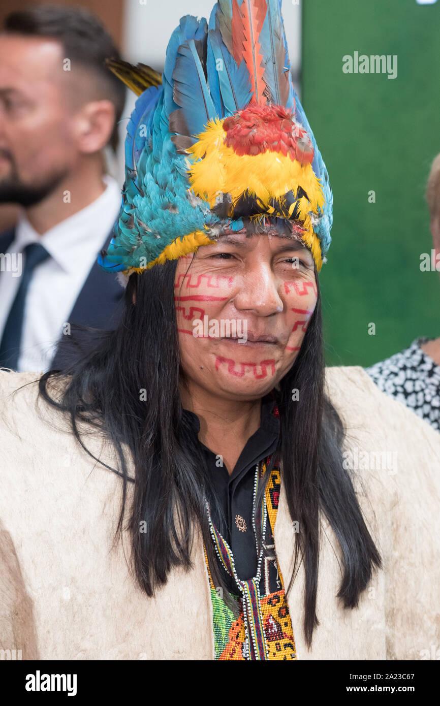 Manari Ushigua, le chef de la nation, Sápara à Gdansk, Pologne. 29 septembre 2019 © Wojciech Strozyk / Alamy Stock Photo Banque D'Images