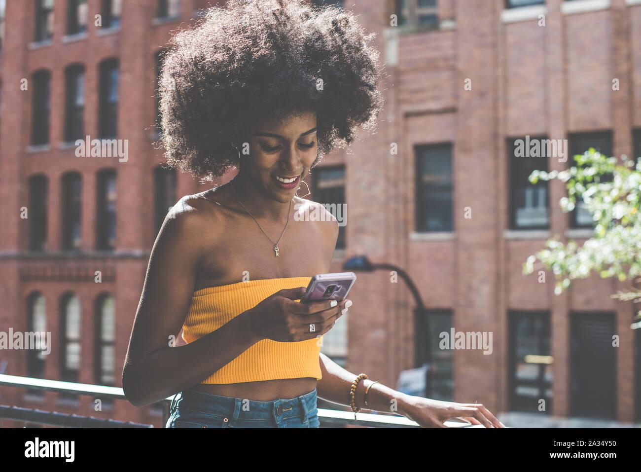 Belle jeune fille américaine à New York Banque D'Images