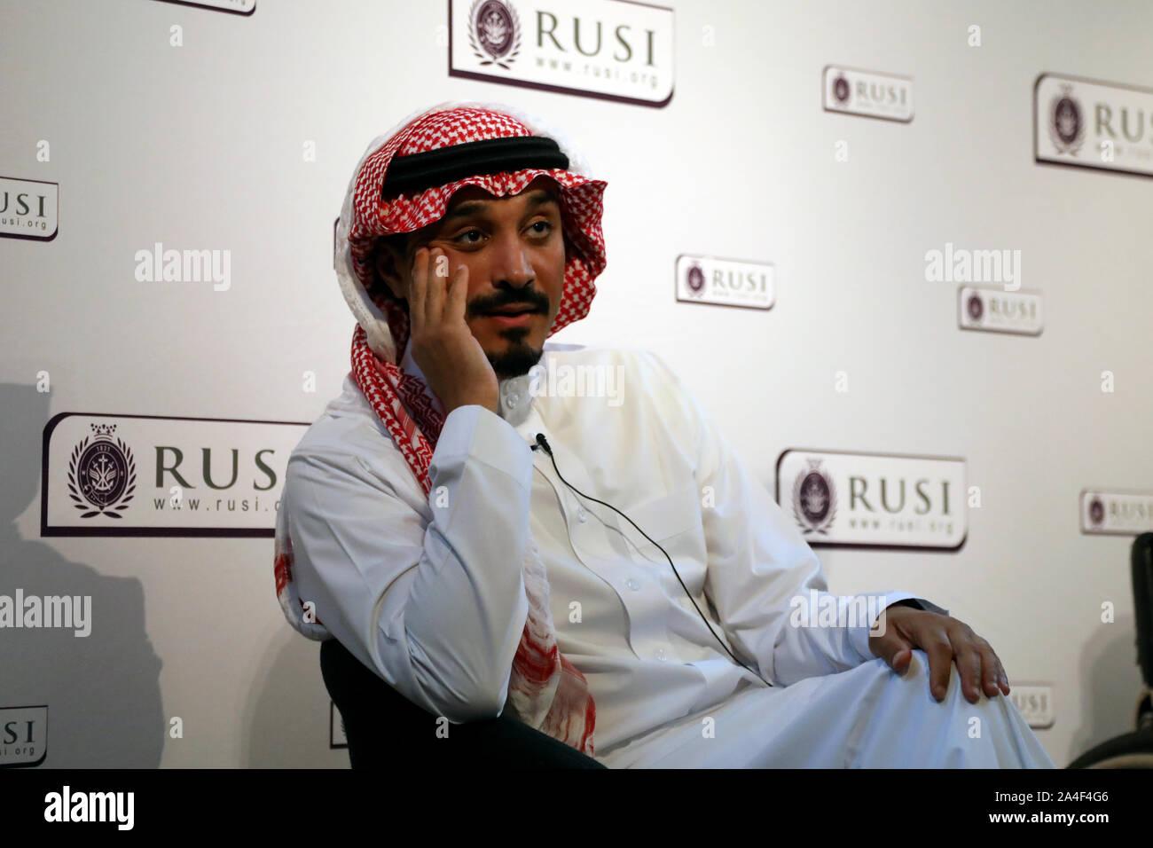London / UK - 14 octobre 2019: Prince Khalid Bin Saud al Bander, l'Arabie saoudite à l'ambassadeur du Royaume-Uni, parlant au Royal United Services Institute (RUSI) Banque D'Images