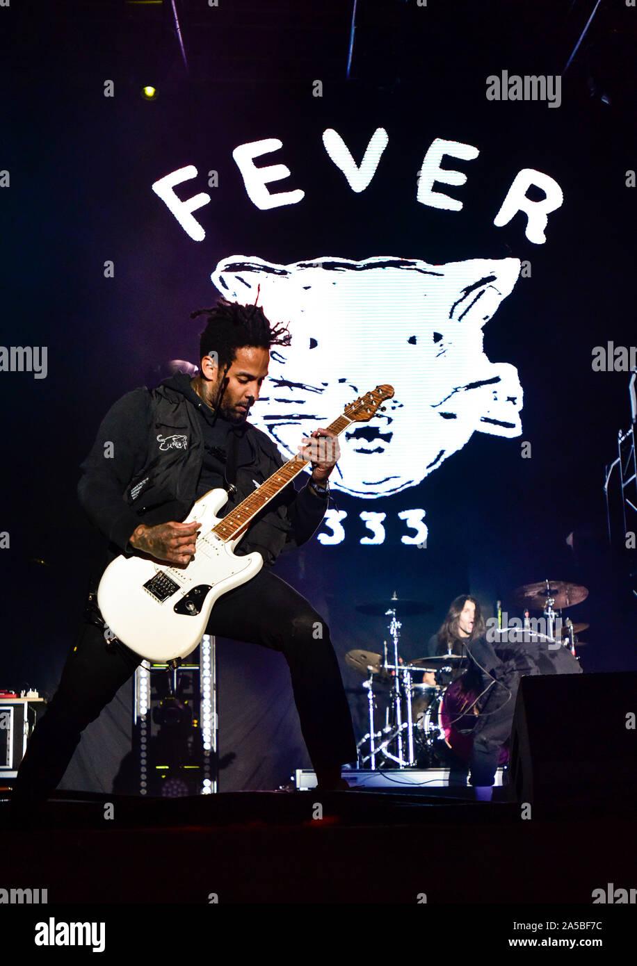 Las Vegas, Nevada, le 18 octobre 2019 - Fièvre 333 guitariste sur scène lors de la troisième édition annuelle de Las Stique heavy metal music festival tenu à la Centre-ville de Las Vegas Events Center. Crédit de photo: Ken Howard Images Banque D'Images