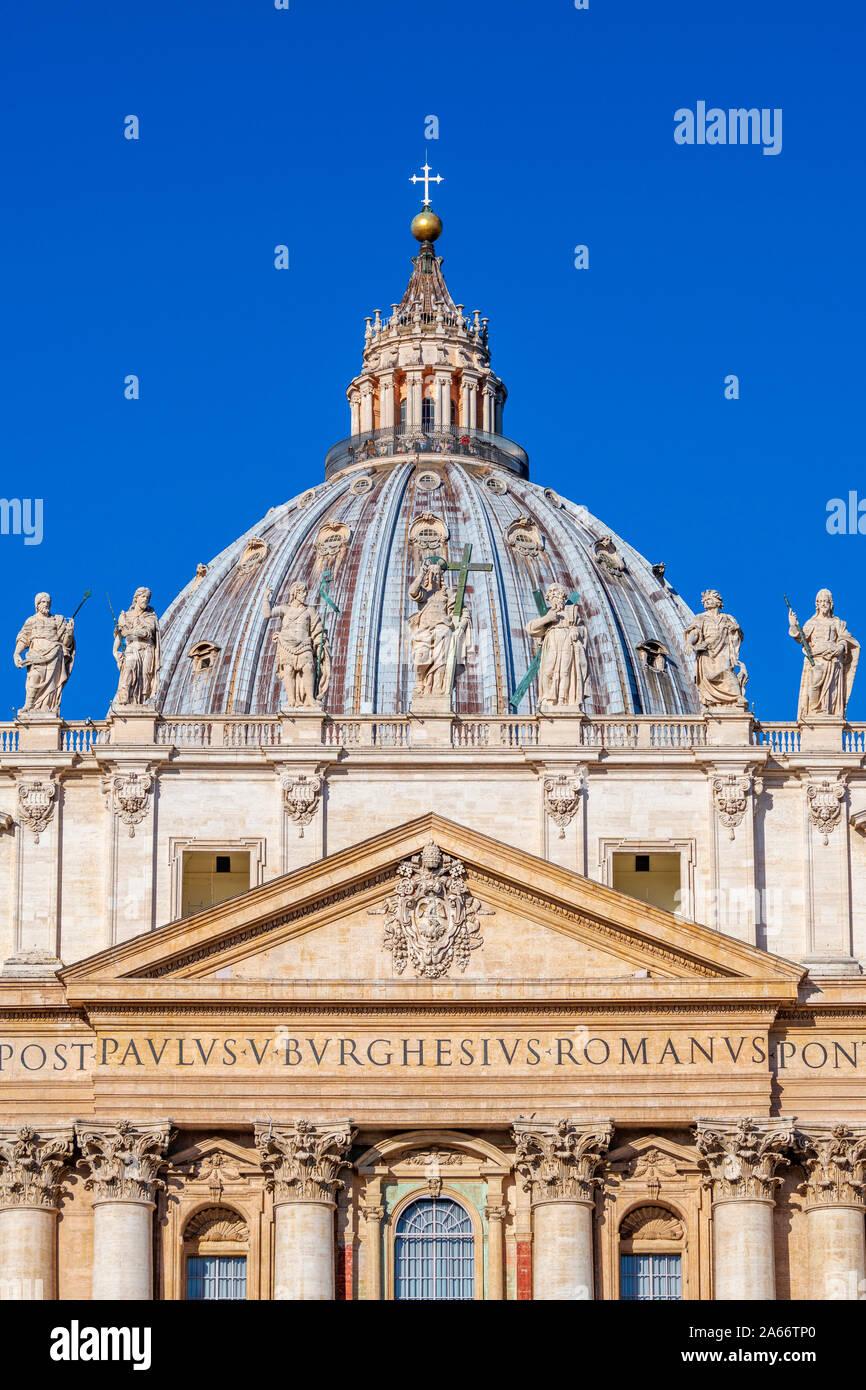 L'Italie, Lazio, Rome, le Vatican, la Place Saint Pierre, la Basilique St Pierre Banque D'Images