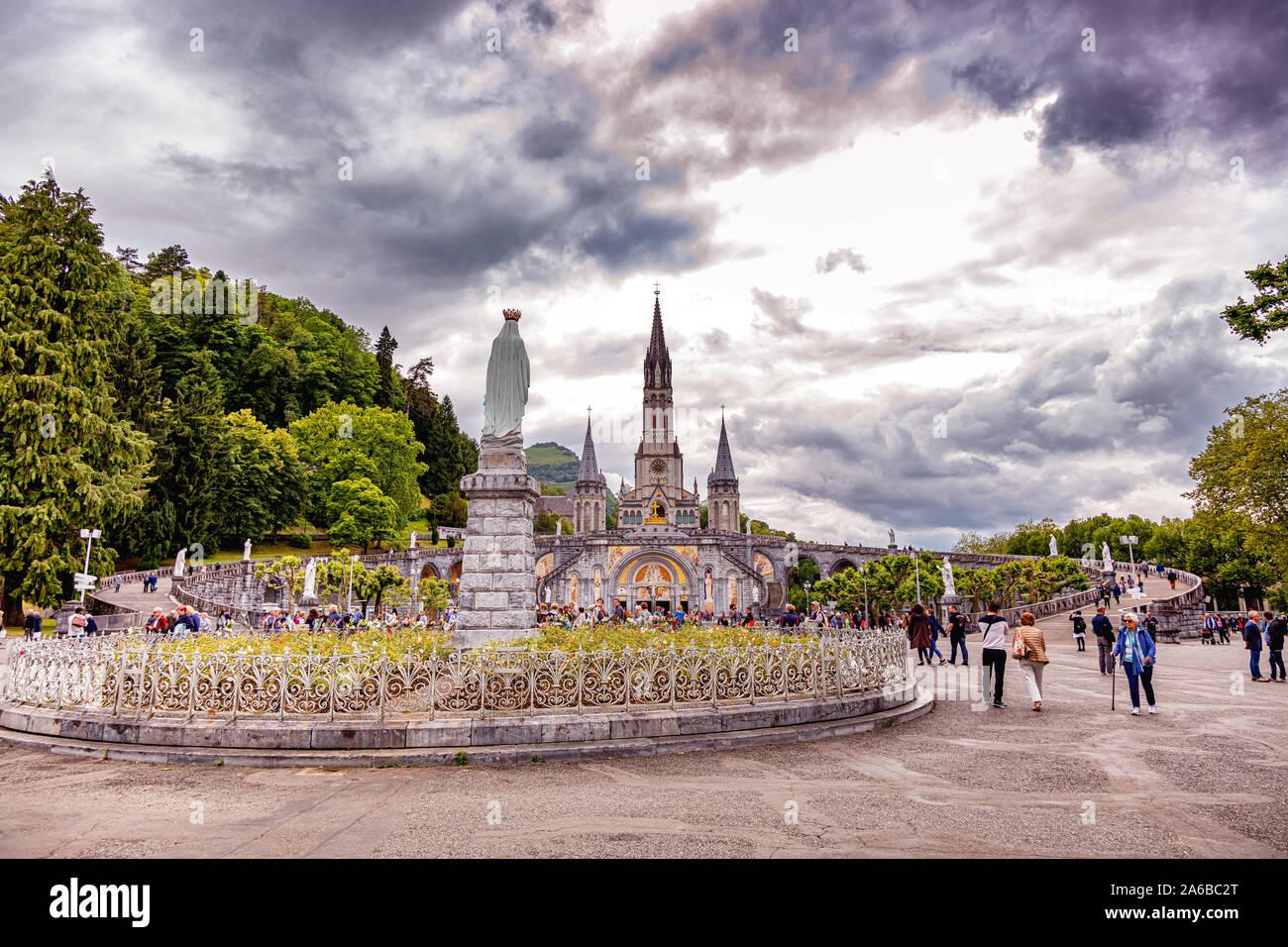 LOURDES - 15 juin 2019: lieu de pèlerinage Lourdes, dans le sud de la France Banque D'Images