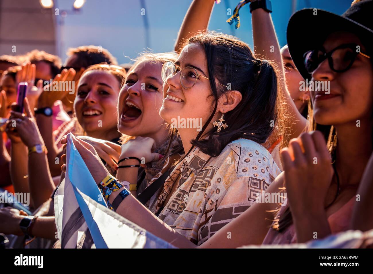 MADRID - SEP 7: les fans de musique dans un concert à Dcode Music Festival le 7 septembre 2019 à Madrid, Espagne. Banque D'Images
