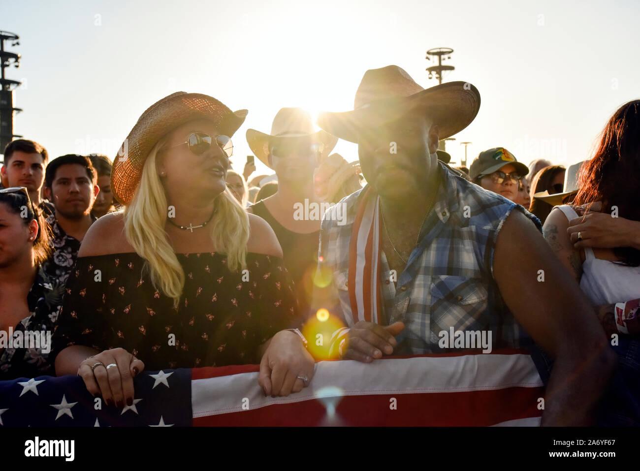Scène de foule au Stagecoach Country Music Festival à Indio, en Californie Banque D'Images