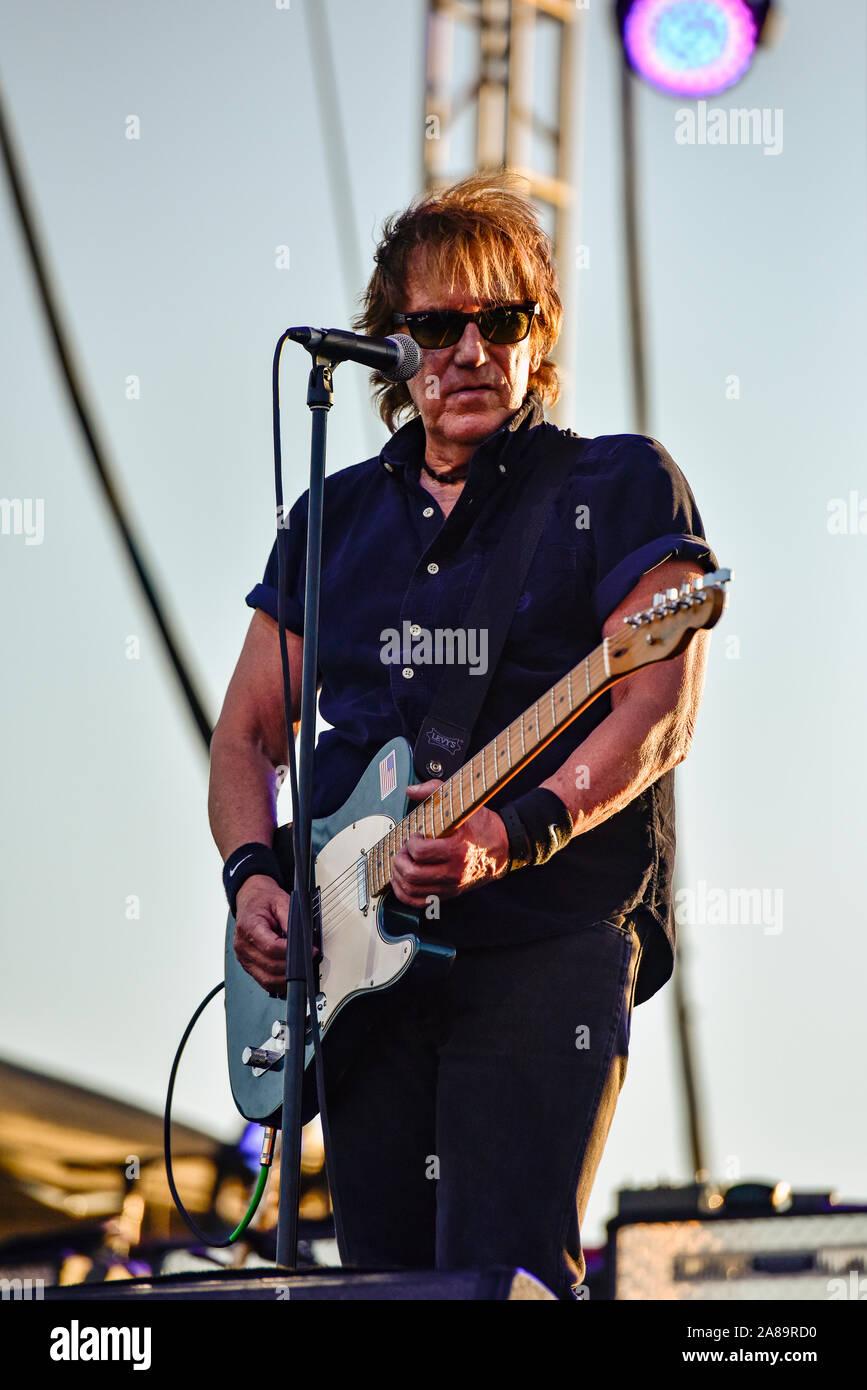 4 juillet 2019, Moapa Nevada, John Cafferty groupe sur scène à la Moapa Event Center à Moapa, Nevada. Banque D'Images