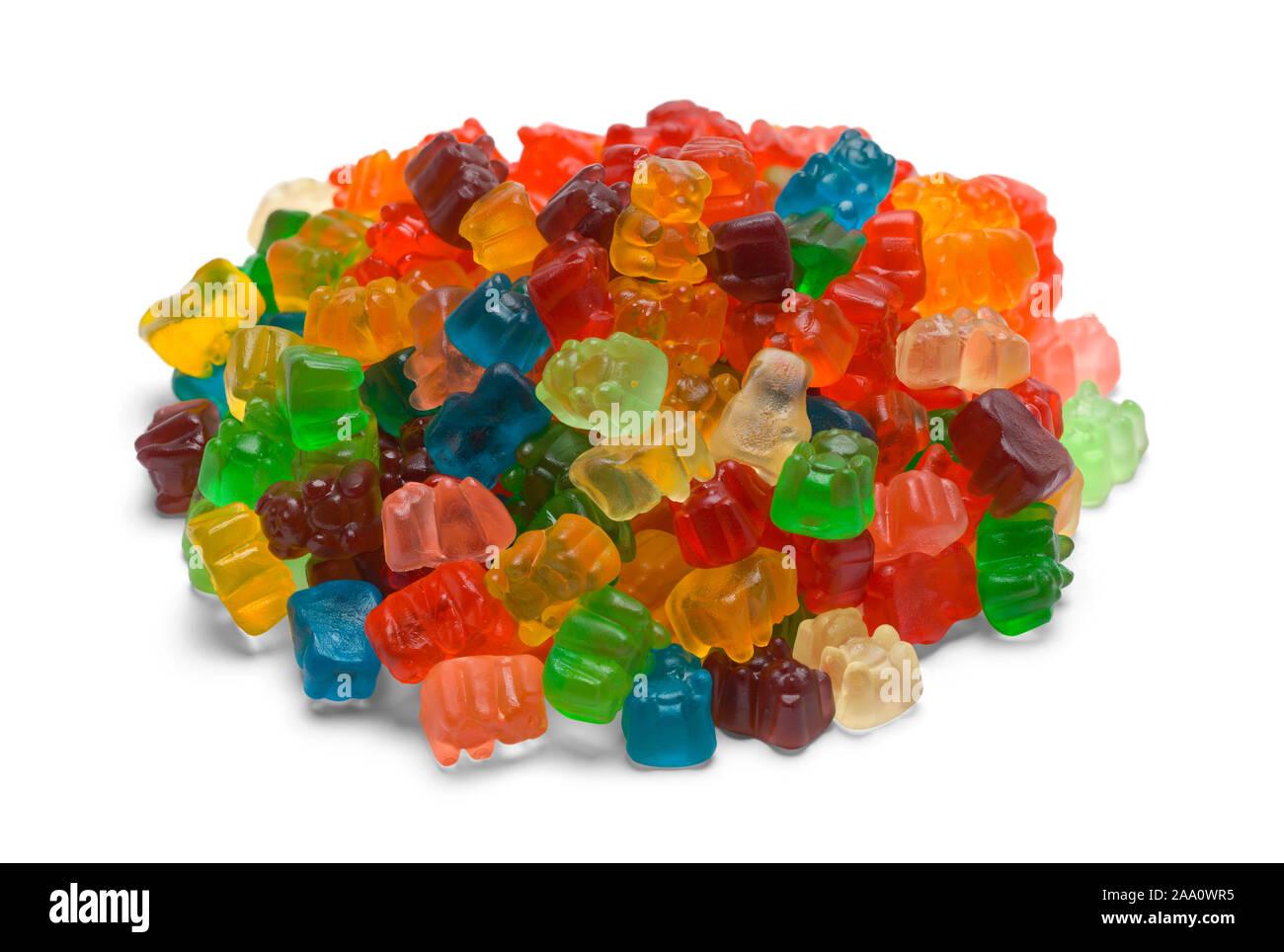 Pile d'ours gommeux colorées isolé sur fond blanc. Banque D'Images