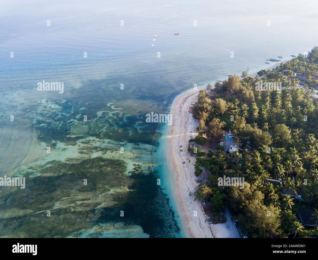 Vue aérienne de l'île pittoresque de Gili-Air à Bali, Indonésie Banque D'Images