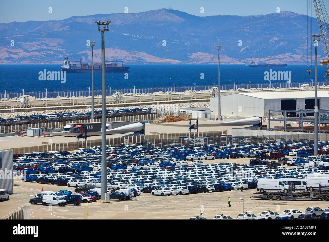 Quai de chargement voiture Ro-Ro, Port de Commerce de Tanger Med, Détroit de Gibraltar, Tanger, Maroc, Afrique, Banque D'Images