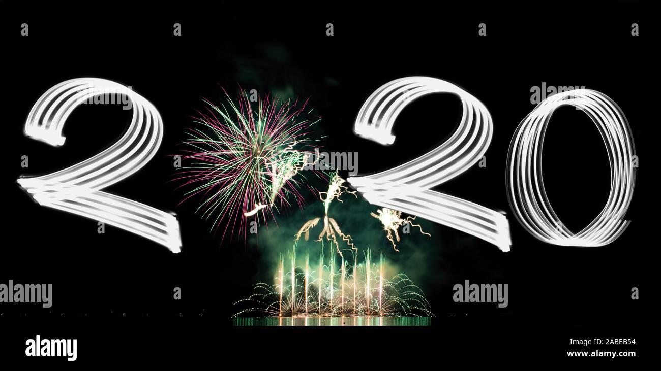 La veille du Nouvel An 2020 avec Fireworks Banque D'Images