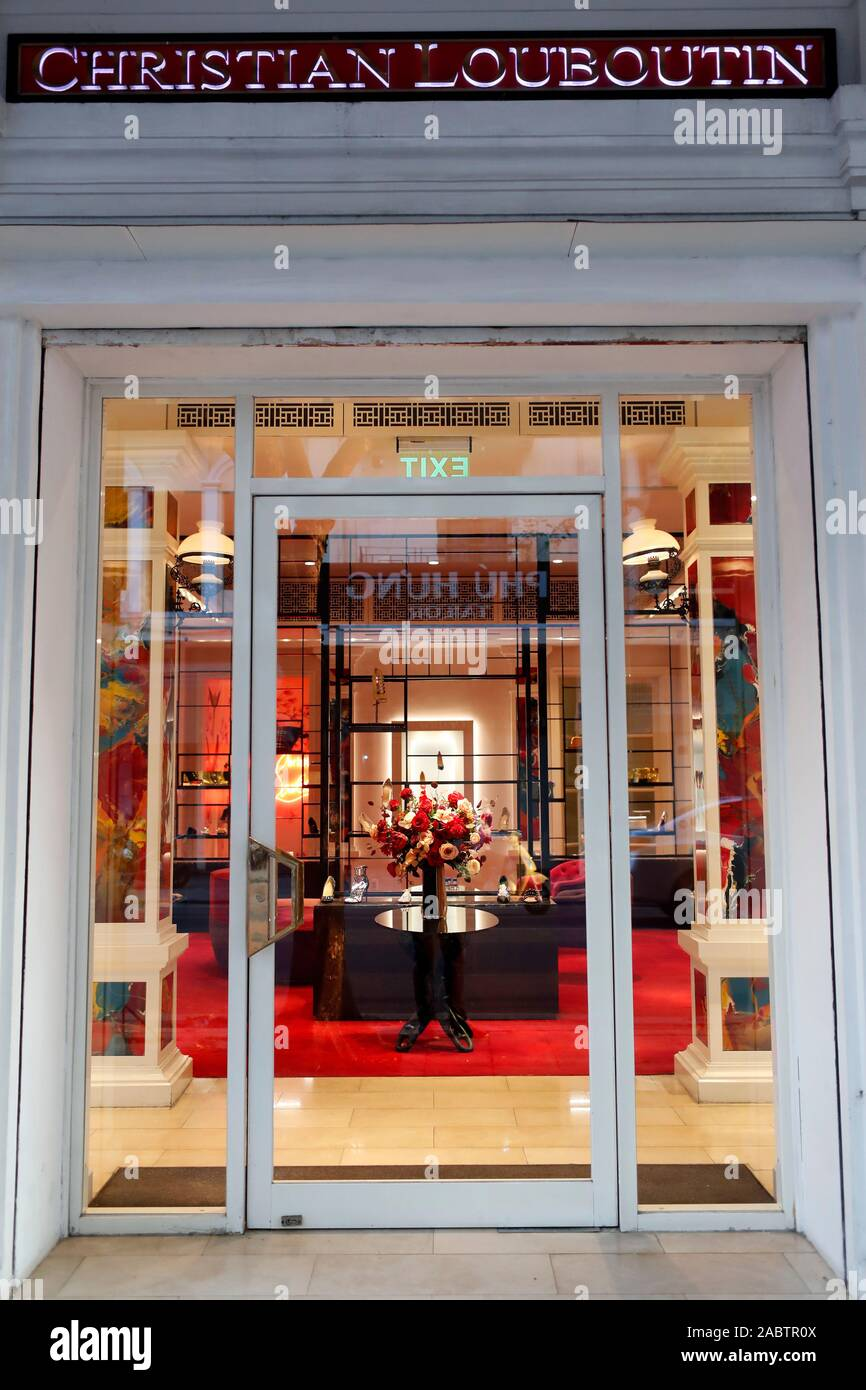 magasin louboutin cannes