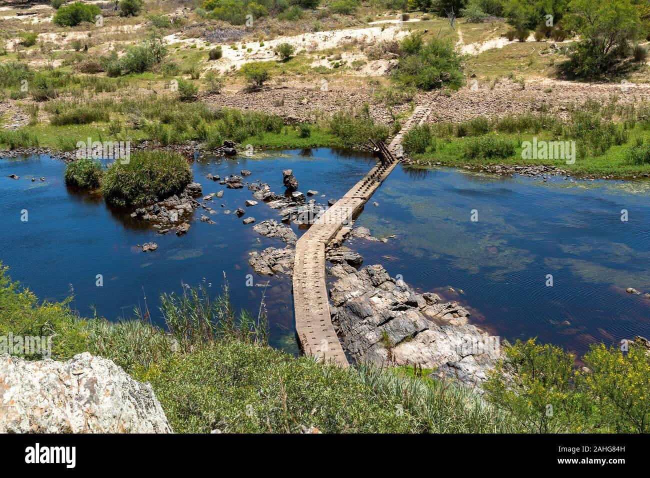 Swellendam, Western Cape, Afrique du Sud. Décembre 2019. La rivière Breede vu de la colline d'Aloès, sur la Garden Route Bontebok. Banque D'Images