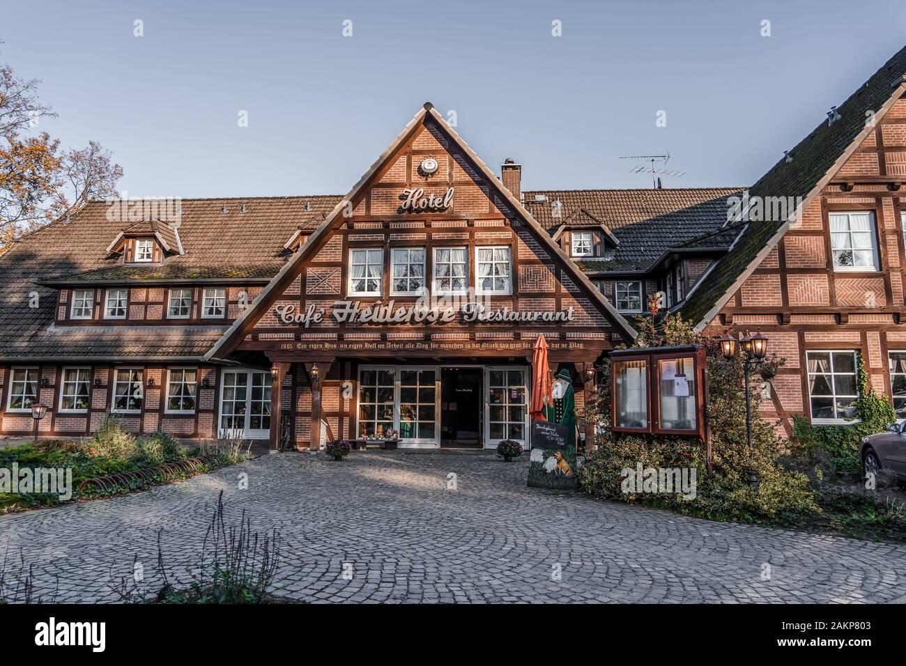 Luneberg, Allemagne - 10 Nov 2019: allemand typique restaurant à Heide woodland Banque D'Images