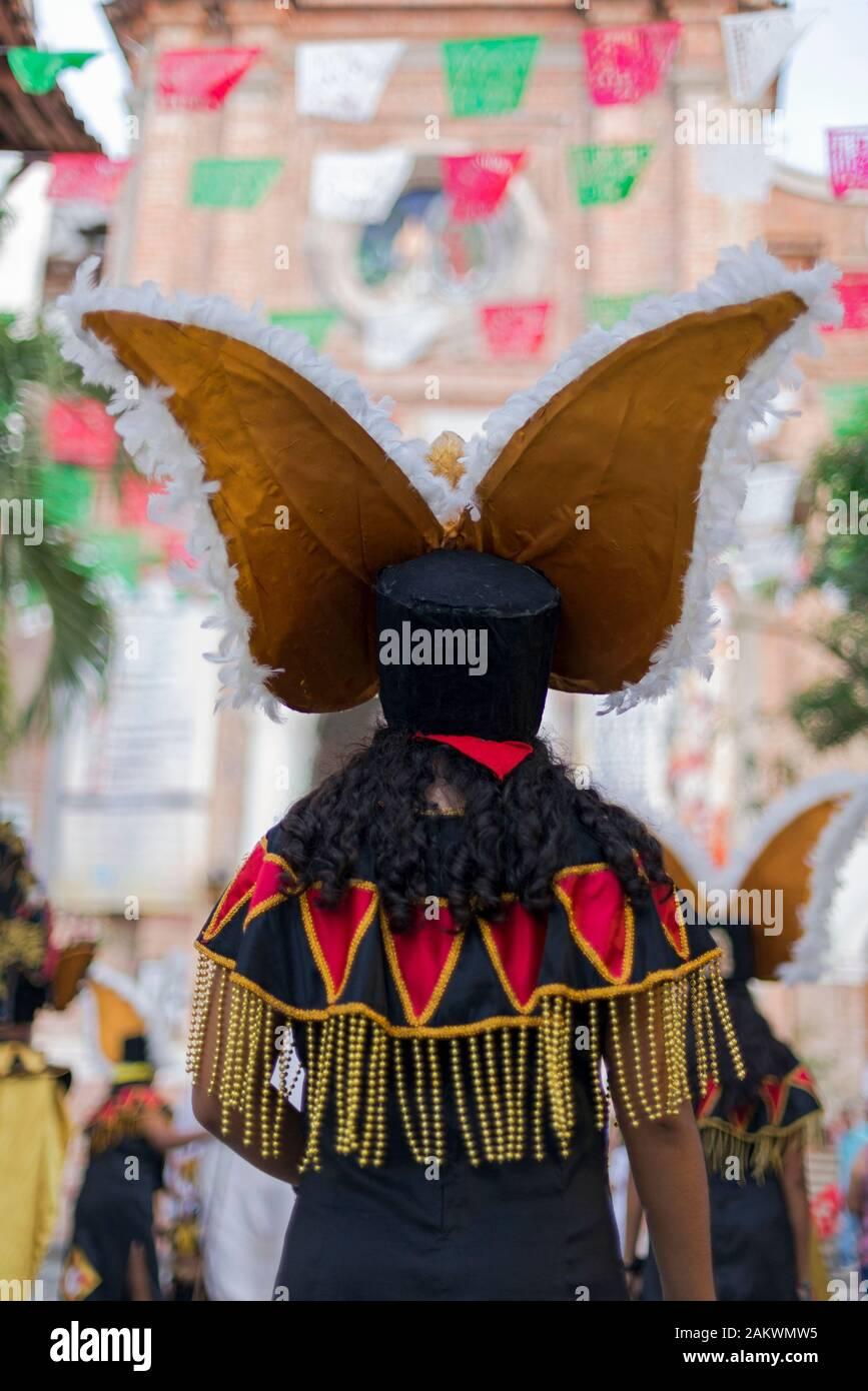 """Le Mexique, Puerto Vallarta, Jalisco, participant autochtone qui participent au festival """"Notre Dame de Guadalupe' Banque D'Images"""
