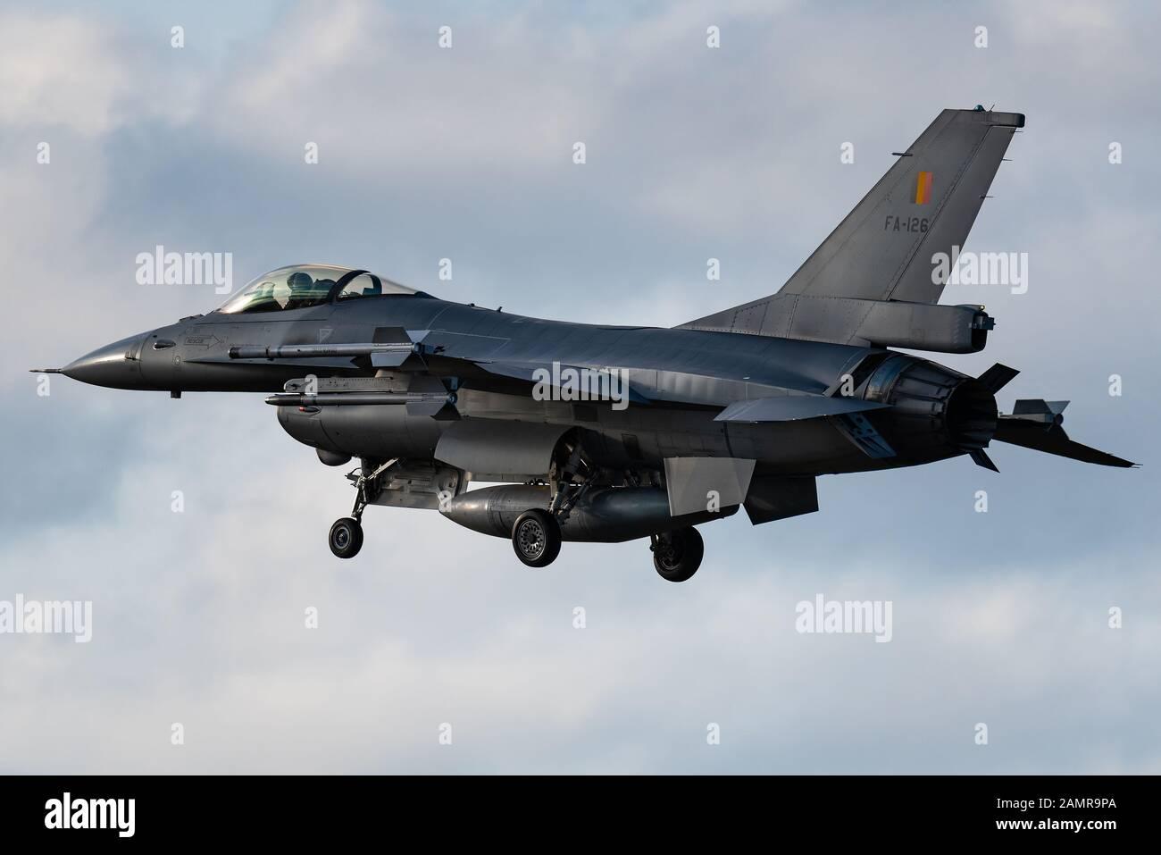 Un avion de chasse F16 Flight Falcon de General Dynamics de l'armée de l'air belge. Banque D'Images