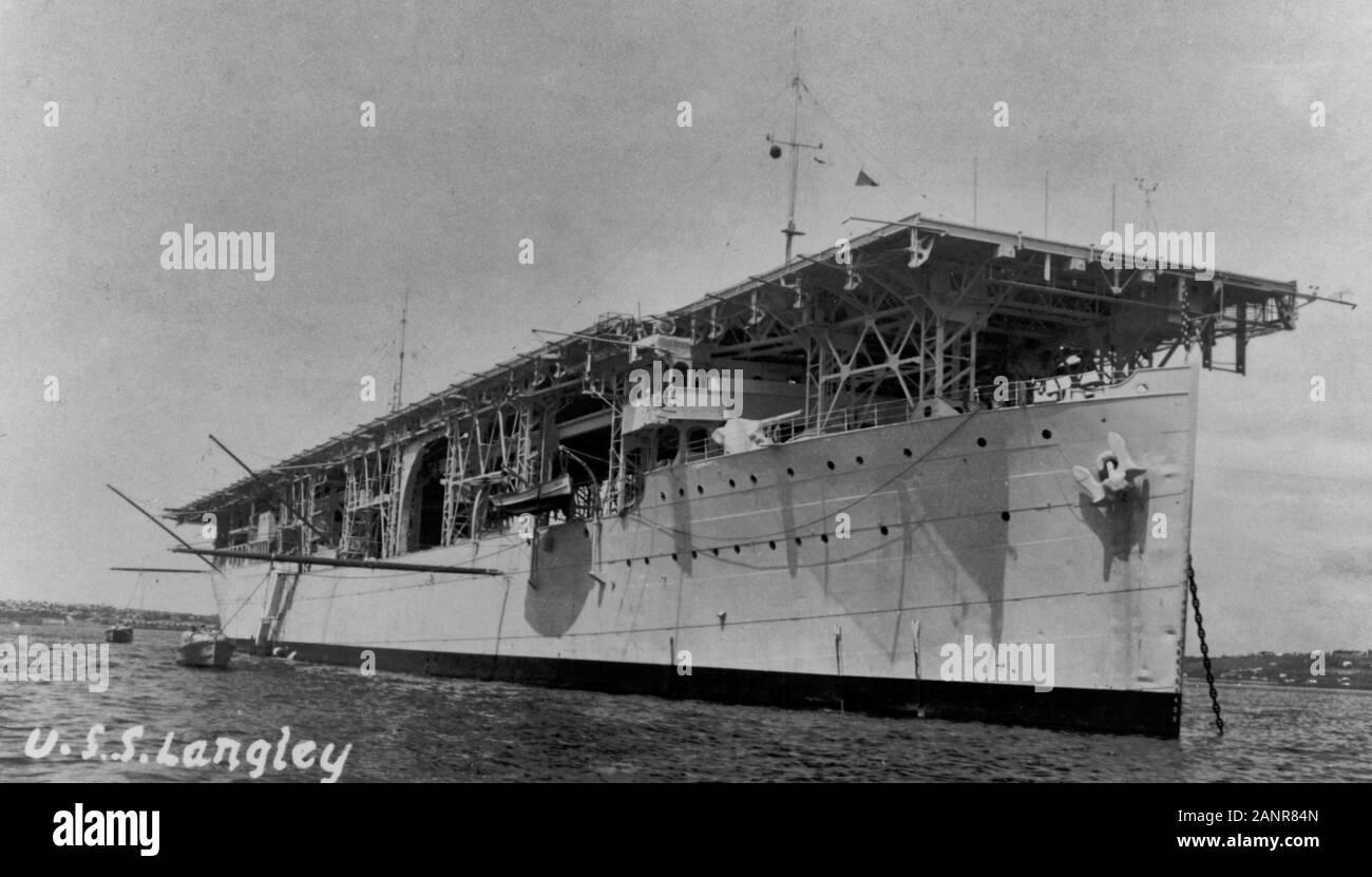 L'USS Langley (CV-1) - le premier porte-avions Banque D'Images