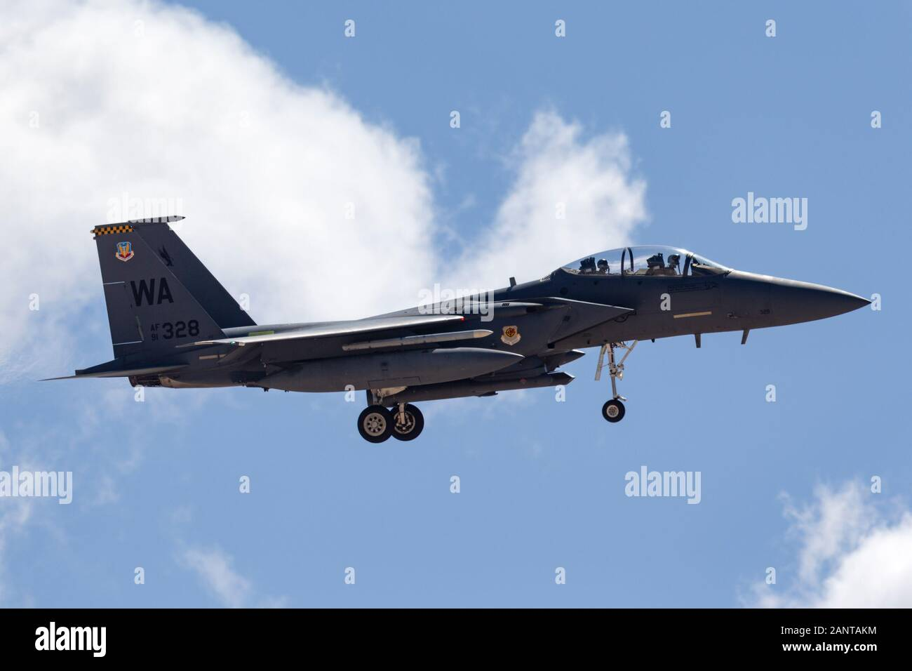 United States Air Force (USAF) McDonnell Douglas F-15E Strike Eagle (91-0328) à partir de la 57e escadres basées à Nellis Air Force Base. Banque D'Images